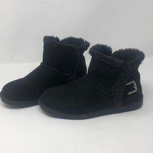 Women's 9M faux fur lined ankle boots